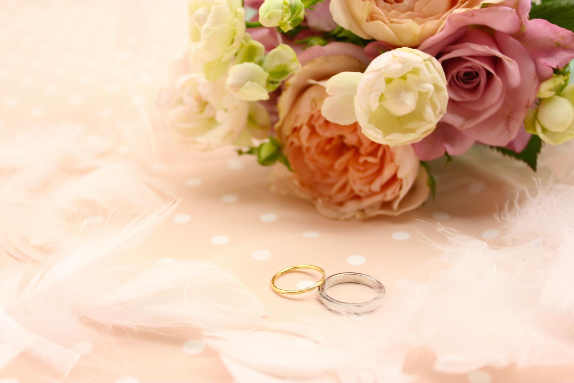 公務員の方と結婚することのメリットとデメリットについて